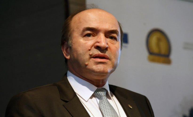 Tudorel Toader: Candidatul pentru funcţia de procuror-şef european nu are nevoie de susţinerea guvernului