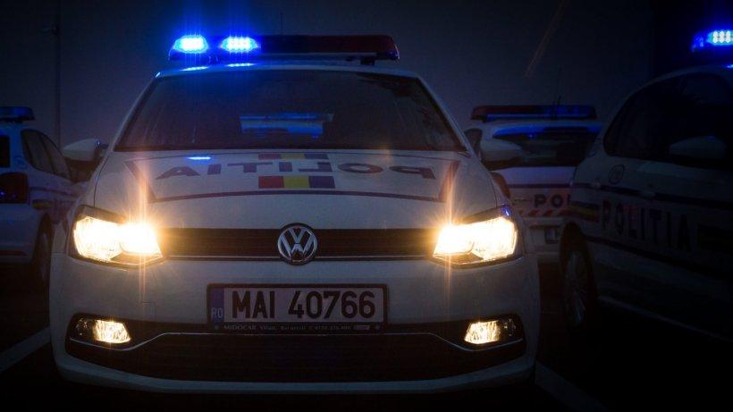Scene șocante în centrul Capitalei. Un șofer a fost amenințat cu pistolul și târât afară din mașină - VIDEO