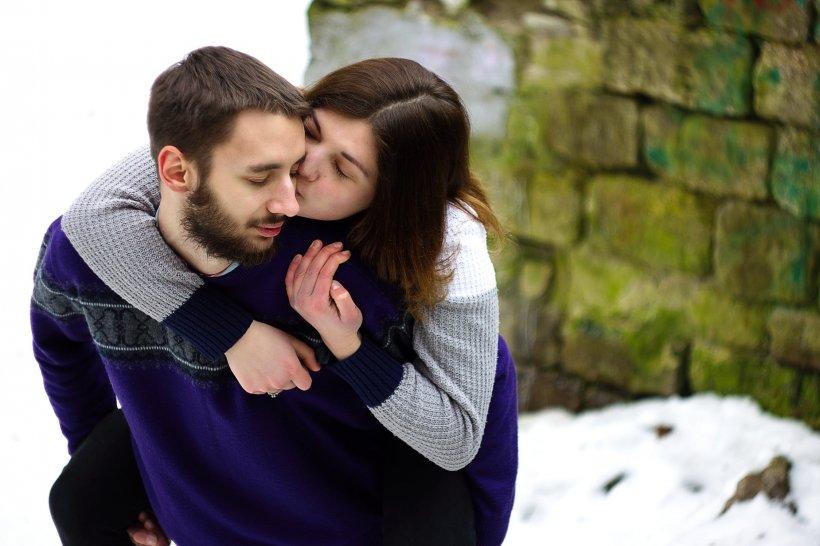 Adrian și Alina erau împreună de opt ani. Într-o zi, tânărul din Iași a fost șocat să afle ce îi făcuse în toți acești ani iubita lui