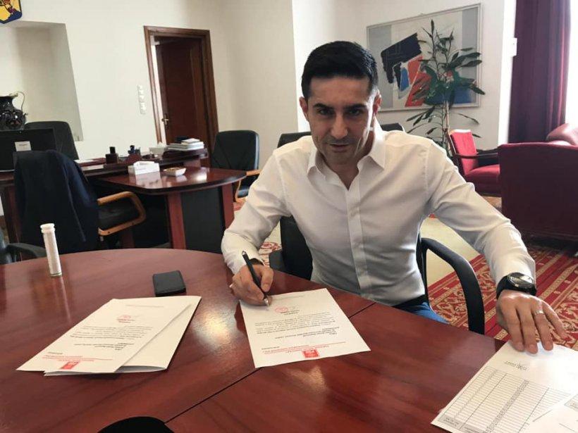Claudiu Manda a strâns semnăturile pentru candidatura la europarlamentare