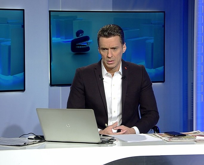 """Mircea Badea, despre candidatura lui Rareș Bogdan la europarlamentare: A prezentat """"vanghelioane"""". Ar trebui să îl întrebe pe Vanghelie cum era"""