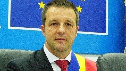 """Primarul social-democrat al Brăilei, mesaj către conducerea PSD: """"Mai terminaţi odată cu legile Justiţiei!"""" """