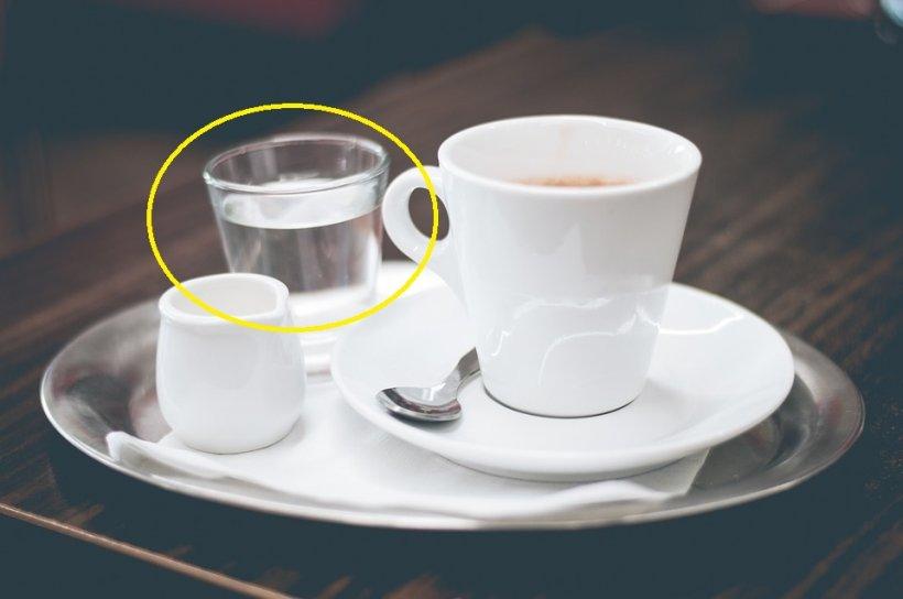 Genial! De ce cafeaua se servește în Turcia cu un pahar cu apă