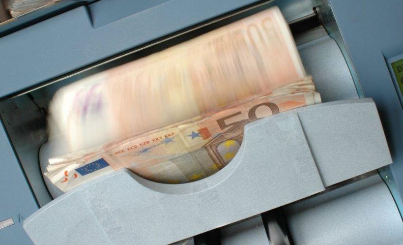 CURS VALUTAR. Euro crește din nou. La cât a ajuns moneda europeană