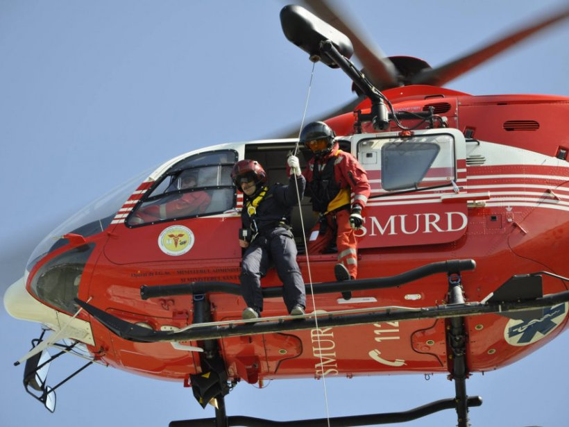 Accident grav cu patru autoturisme în Constanța. Un elicopter SMURD a intervenit de urgență