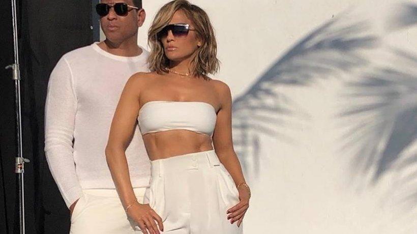 Jennifer Lopez apreciază hainele românești