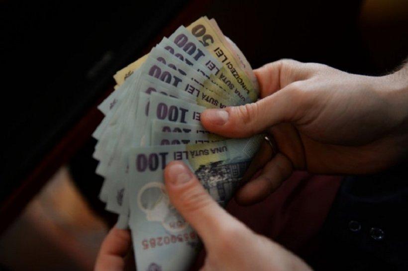 Anunțul este oficial! Data de la care zeci de mii de români primesc mai mulți bani