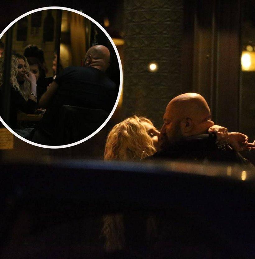 Bombă! Cătălin Scărlătescu, prins de paparazzi în timp ce se sărută cu o cântăreață de la noi!