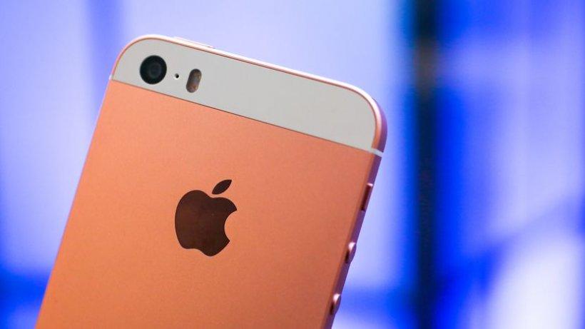 Apple lansează propriul serviciu de filme online. Noi rivali pentru Netflix și Amazon