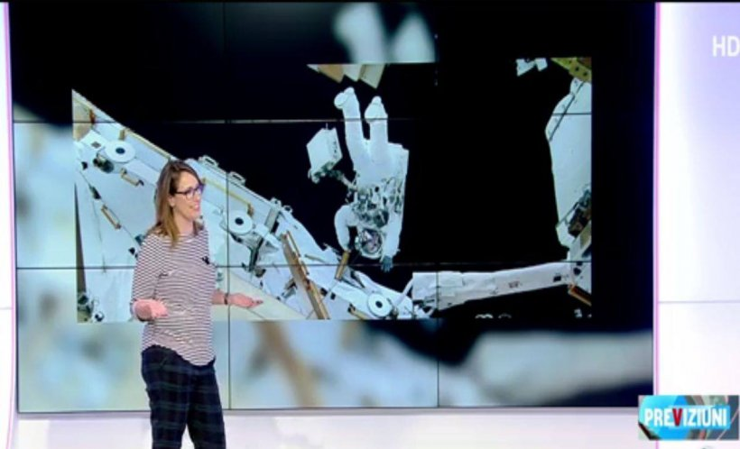 Ce se mai întâmplă pe Facebook! O misiune NASA a fost anulată din cauza unui costum pentru femei