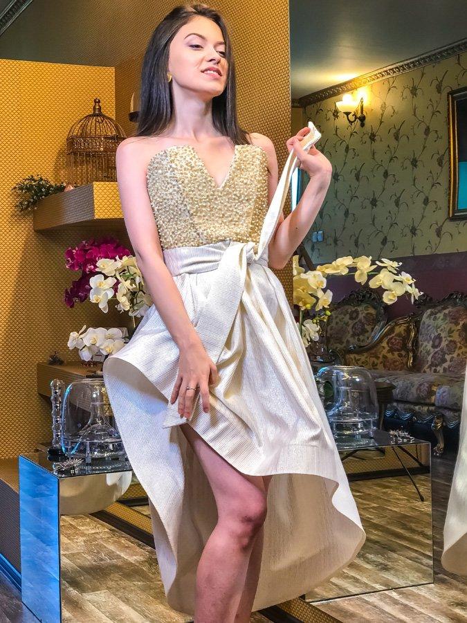 Cele mai frumoase și mai originale rochii de banchet (P)