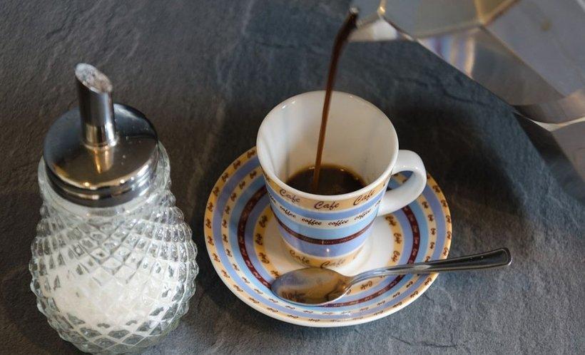 Cum se bea corect cafeaua. Sigur nu știai asta