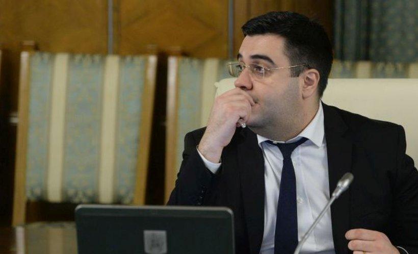 Ministrul Transporturilor, audiat la DNA. Răzvan Cuc are calitate de martor într-un dosar