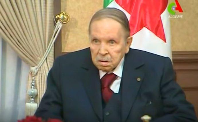 Preşedintele algerian, Abdelaziz Bouteflika, și-a dat demisia. Era la putere de 20 de ani VIDEO