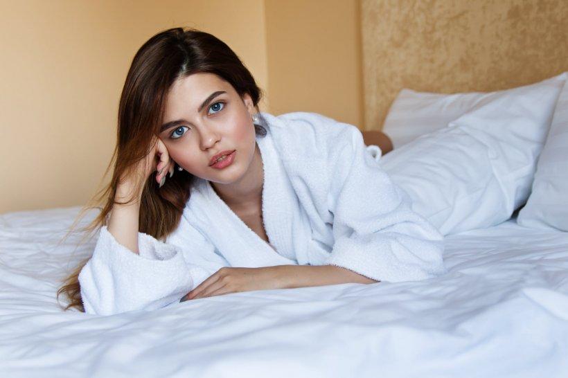 Părintele Constantin Coman: Primul lucru pe care trebuie să-l facă femeia când se trezeşte dimineaţa
