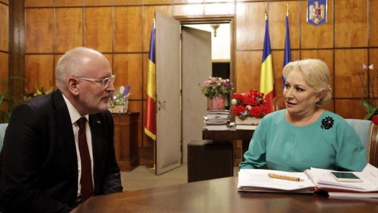 """Viorica Dăncilă răspunde criticilor lui Frans Timmermans: """"M-au surprins declarațiile sale"""". Mesaj și pentru ambasade: """"Să aibă respect pentru România!"""" 16"""