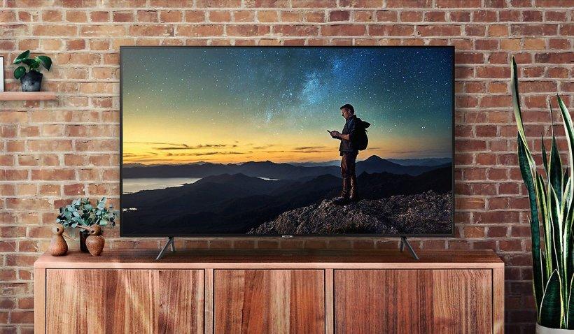 eMAG reduceri. 3 televizoare 4K Ultra HD reduse si cu 54%