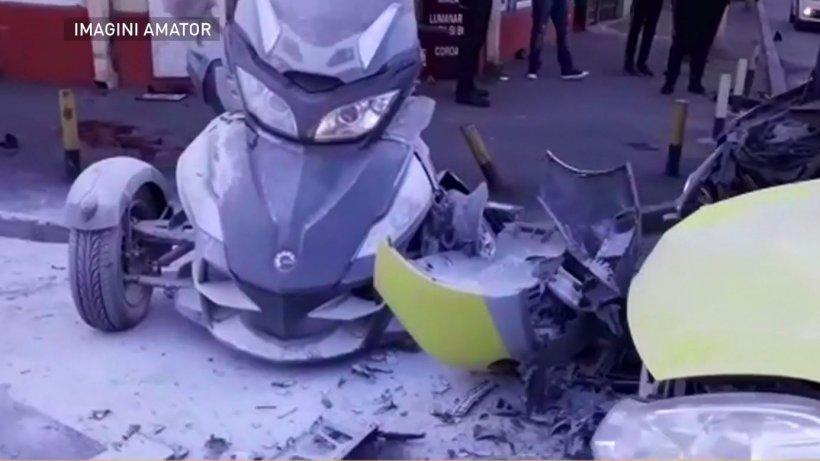 Accident grav în Capitală. Un bărbat a făcut infarct la volan și a lovit mai multe mașini. Circulația este paralizată