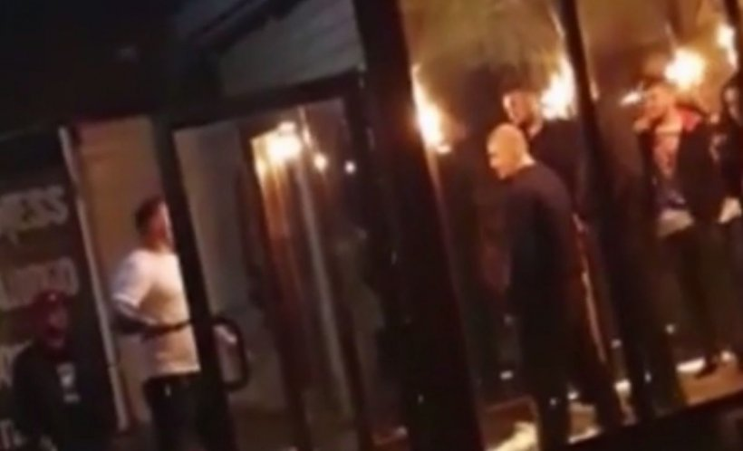 Bătaie cu maceta şi bâtele într-un club din Craiova - VIDEO