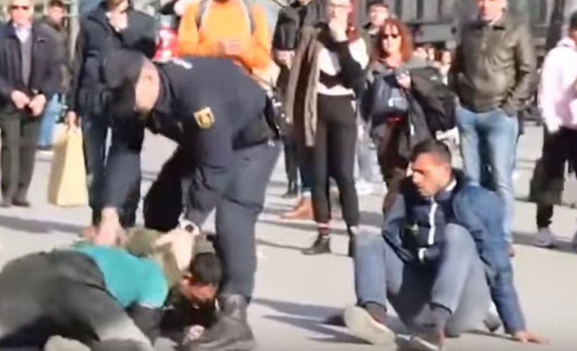 Poliţia spaniolă a intervenit în forţă la Madrid pentru a opri o bătaie între romi - VIDEO