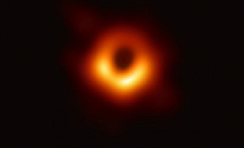 PREMIERĂ absolută. Prima fotografie făcută vreodată unei găuri negre a fost dată publicităţii