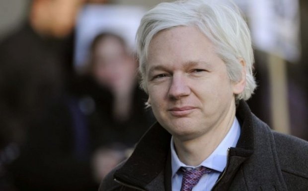 Julian Assange arestat. Ecuadorul denunţă un plan de destabilizare a preşedintelui