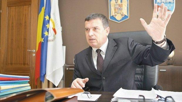 Primarul Râmnicului a dat în judecată statul român. Cere despăgubiri de milioane de euro
