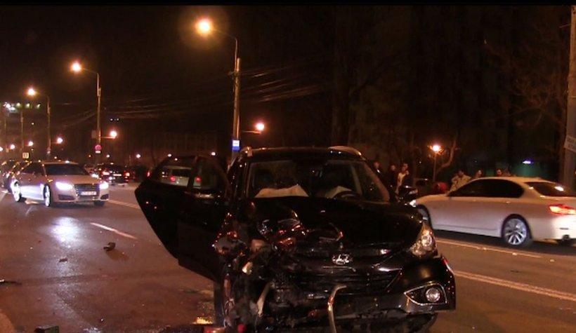 Accident grav în Mamaia. Patru tineri au ajuns la spital după ce șoferul a făcut o manevră interzisă. Iubita acestuia e în comă