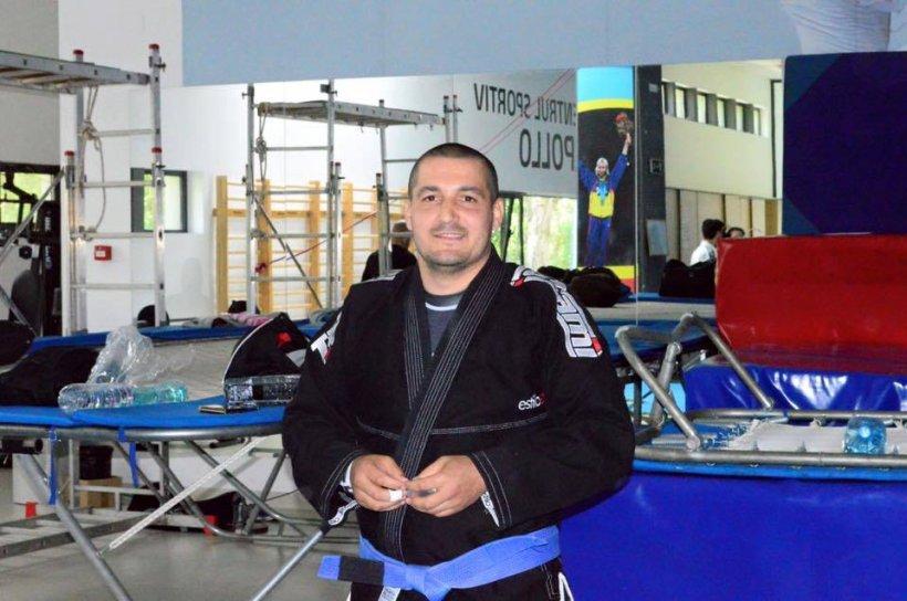 Cunoscut antrenor din Bârlad, bătut de șapte interlopi cu o rangă. Sportivul a fost internat de urgență în spital