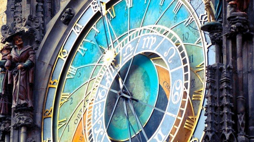 Horoscop 16 aprilie. Gemenii au probleme de sănătate, Racii sunt în formă