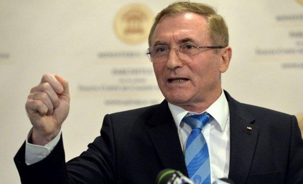 GDS renunță la intenția de a-l mai premia public pe Augustin Lazăr
