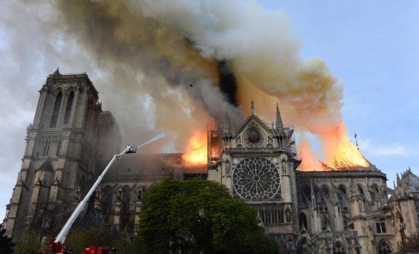 Incendiul de la Notre-Dame. Promisiunea făcută de Emmanuel Macron