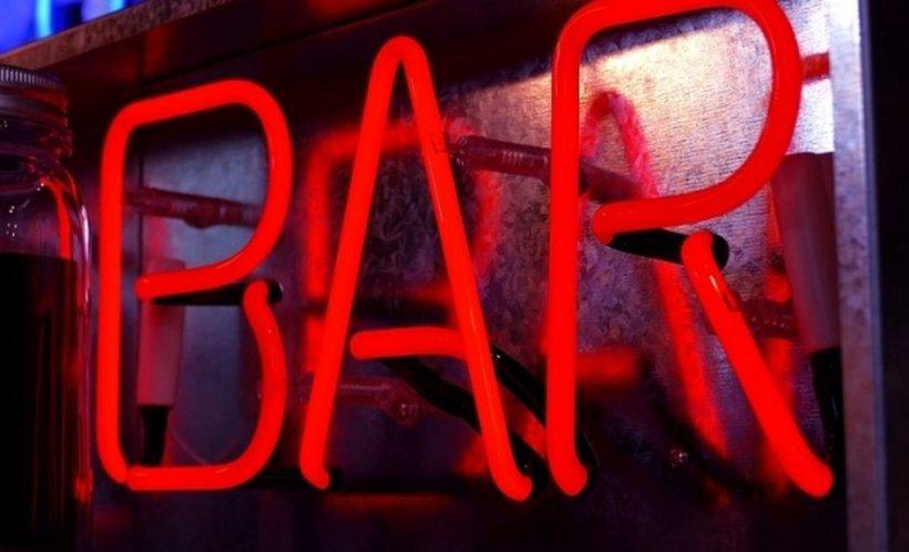 """Părea că este o seară obișnuită pentru trei bărbați din Olt care se aflau într-un bar, când lucrurile au luat o întorsătură: """"Nici în filme nu vezi așa ceva"""""""