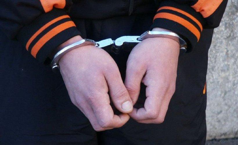 Cinci arestați preventiv, după perchezițiile din Argeș. Acționau și în afara României