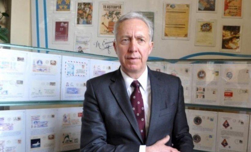 Hans Klemm, primire neobișnuită la Huși. Ambasadorul SUA în România fost întâmpinat cu lalele plantate în ghivece de ciment - VIDEO
