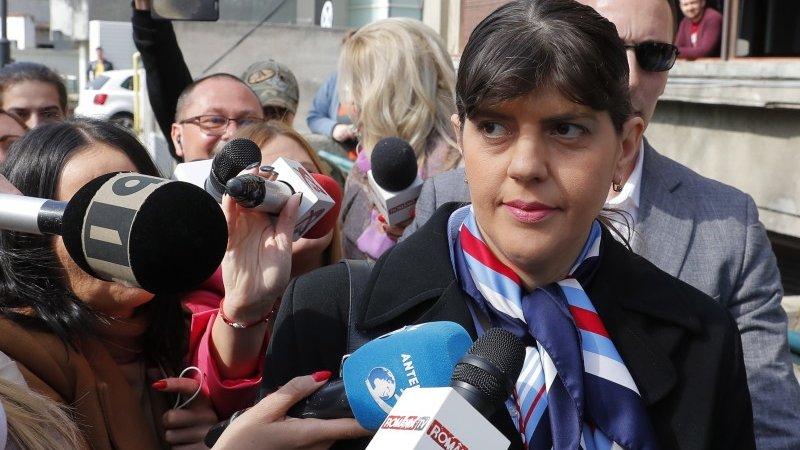 SONDAJ. Credeți că este împinsă Laura Codruța Kovesi către prezidențiale?