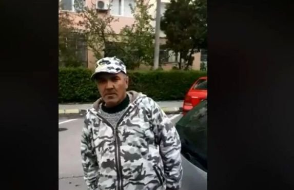 """Un polițist local din Buftea a fost prins conducând beat. """"Merg cu mașina?""""  - VIDEO"""