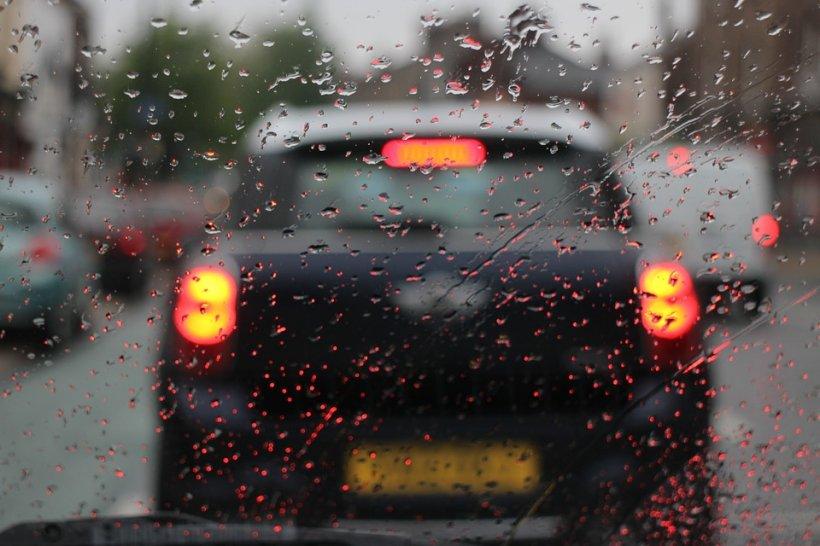 VREMEA. Prognoza meteo pentru 19 aprilie. Ploile vor cuprinde toate regiunile