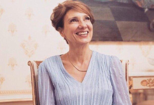 Carmen Iohannis, o nouă gafă vestimentară. Cum a venit îmbrăcată la slujba de Înviere