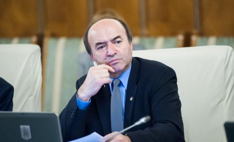 Tudorel Toader îl contrazice pe Liviu Dragnea: Ministerul Justiției nu a întârziat procedura de avizare