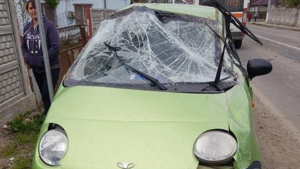 Un șofer mort de beat din Constanța a făcut prăpăd în fața unei secții de Poliție - VIDEO