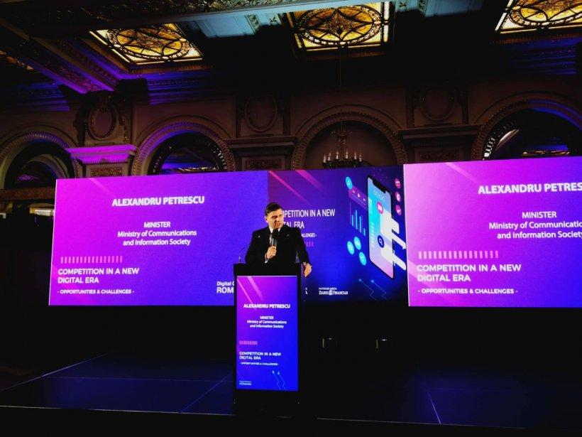 Ministrul Comunicațiilor, Alexandru Petrescu, anunță adoptarea primei propuneri  de politică publică elaborată în domeniul comerţului electronic