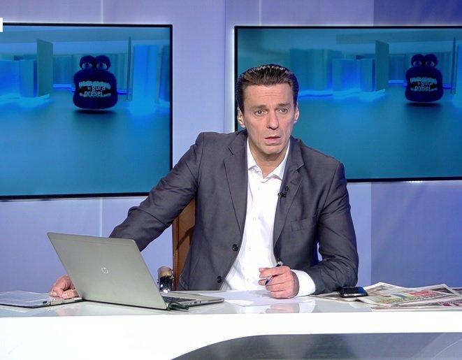 Mircea Badea: Răspunsul la întrebarea perfect cretină de ce a pierdut România cu Franța e pentru că am jucat cu Franța