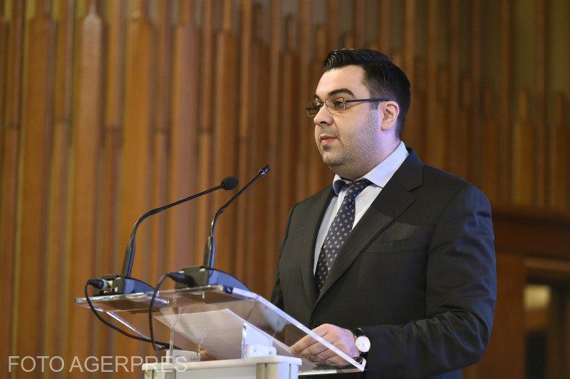 Ministrul Transporturilor a solicitat demiterea directorului general al Companiei Naţionale Aeroporturi Bucureşti