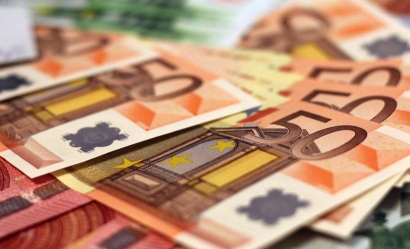 Un român a fost prins în Germania cu două genţi în care se aflau 350.000 de euro
