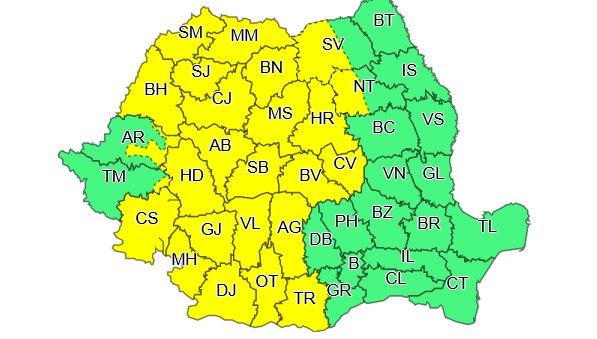 VREMEA. Cod galben de furtuni în mai multe județe ale țării