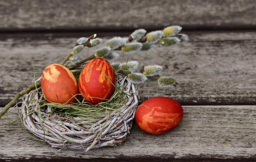 MESAJE DE PAŞTE. Ce urări puteți trimite apropiaților de Paște