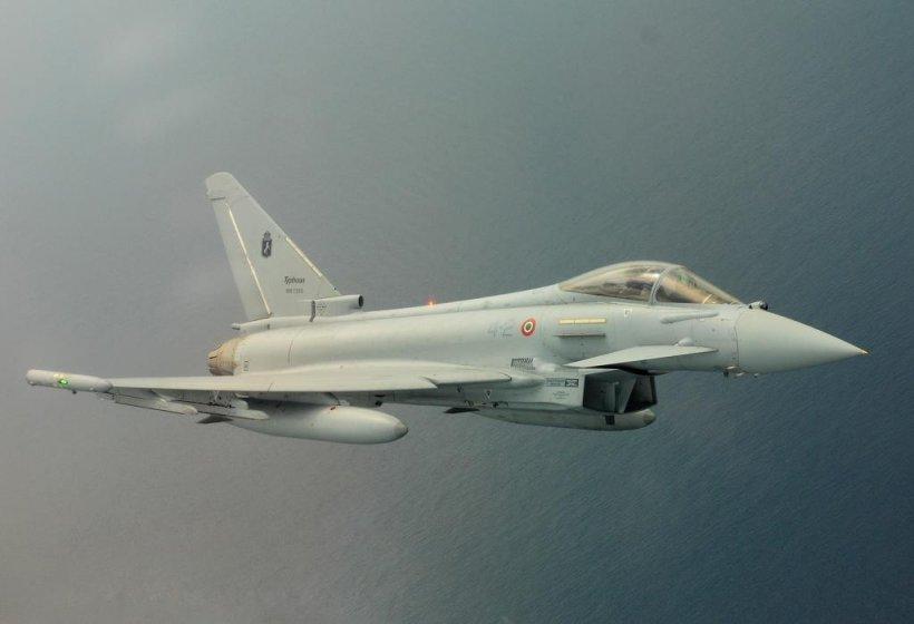 Italia trimite avioane multirol în România