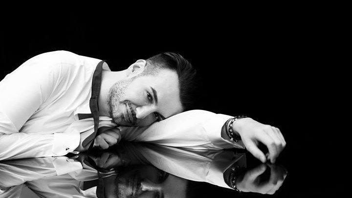 Noi detalii despre Răzvan Ciobanu. Creatorul de modă ar fi fost foarte abătut și ajunsese și  la psihlog