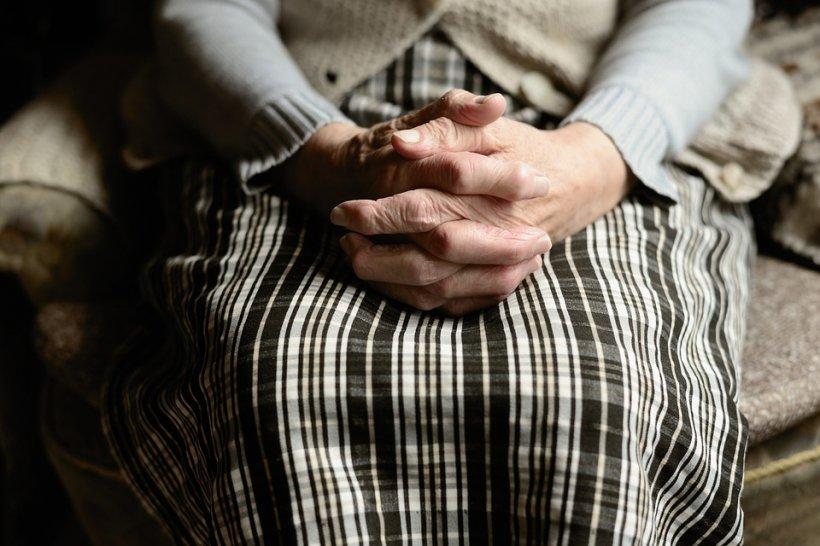 Metoda din tradiția ortodoxă care te scapă de pagube sau ghinioane și îți aduce numai bucurii în casă